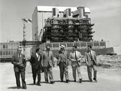 Mattei alla centrale nucleare di Latina