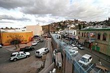 220px-Mexican-American_border_at_Nogales