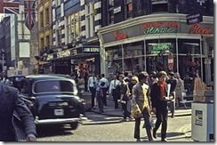 Carnaby_Street,_London_in_1968