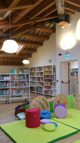 biblioteca Selvazzano.JPG