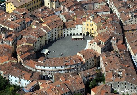 anfiteatro-Lucca